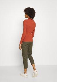 comma - Trousers - khaki - 2