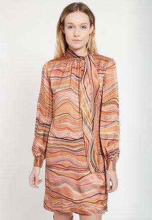 BAHLEA - Korte jurk - rosa