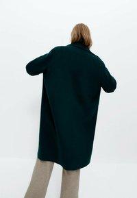 Uterqüe - Classic coat - green - 2