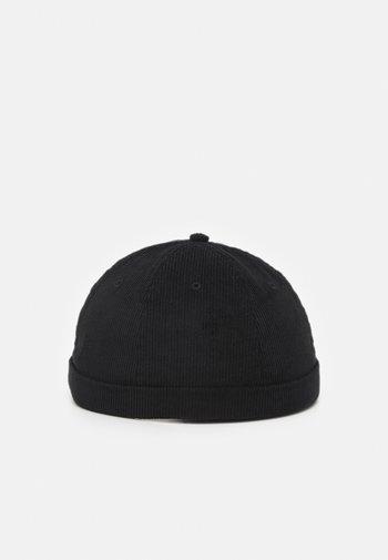 JACSTEVEN ROLL HAT