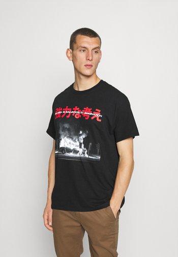 BURNINGIDEA - T-shirt med print - black