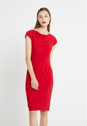 MID WEIGHT DRESS - Shift dress - parlor red
