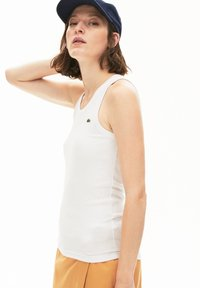 Lacoste - TF5451 - Top - white - 0