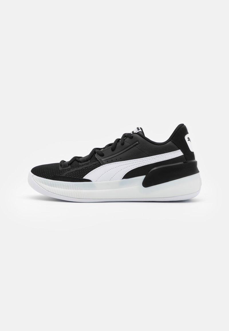 Puma - CLYDE HARDWOOD TEAM - Basketball shoes - black/white