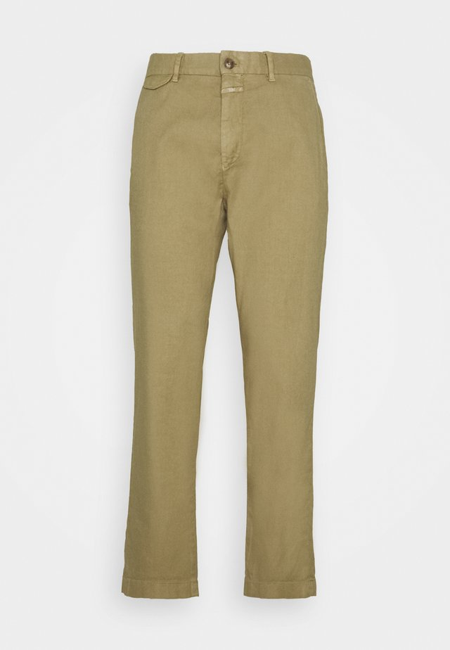 ATELIER TAPERED - Chino kalhoty - green bark