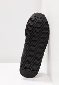 New Balance - Sneakers basse - black - 6