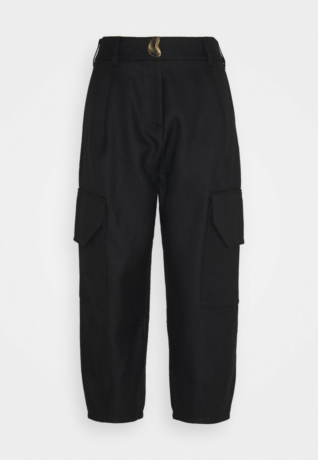 PANTS WITH PATCH POCKET - Bukse - black