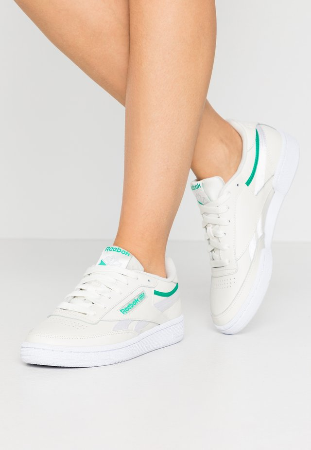 CLUB C 85 - Baskets basses - chalk/green/white