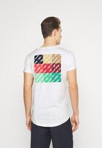 TOM TAILOR DENIM - Print T-shirt - wool white - 2