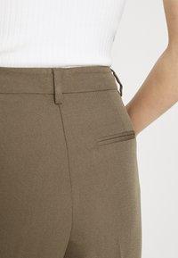 Bruuns Bazaar - PARI DAGNY - Trousers - earth brown - 5