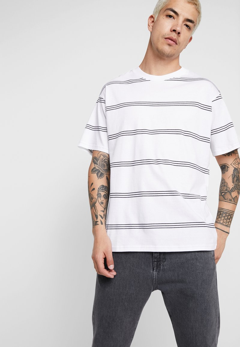 Cotton On - GRADUATE TEE - Basic T-shirt - white/ink navy