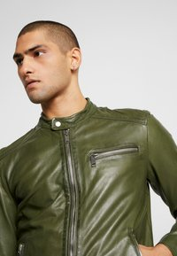 Freaky Nation - LUCKY JIM - Leather jacket - cypriss - 4