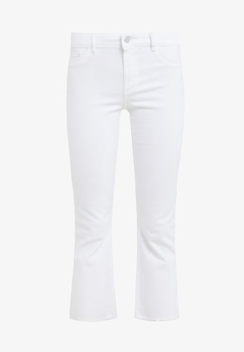 BRIDGET CROPPED - Flared Jeans - white