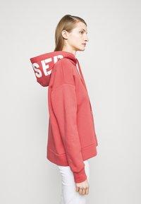 CLOSED - Sweatshirt - amaranth red - 3