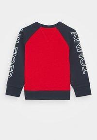 Tommy Hilfiger - BABY COLORBLOCK - Sweatshirt - blue - 1