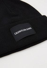 Calvin Klein Jeans - BEANIE - Čepice - black - 5