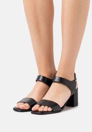 UMEMMA - Sandals - black