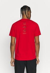 Mammut - MOUNTAIN - Print T-shirt - magma - 2