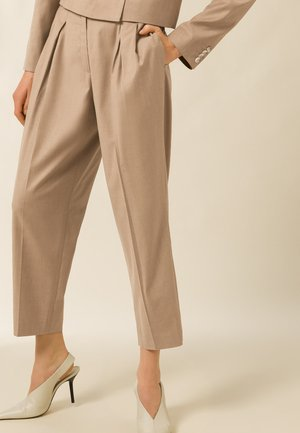 SHRUB - Trousers - sand melange