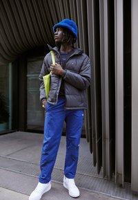 adidas Originals - PAD HOODED PUFF - Kurtka zimowa - black - 1