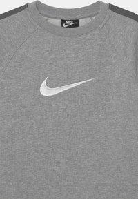 Nike Sportswear - CREW - Sweatshirt - dark grey heather/white - 2