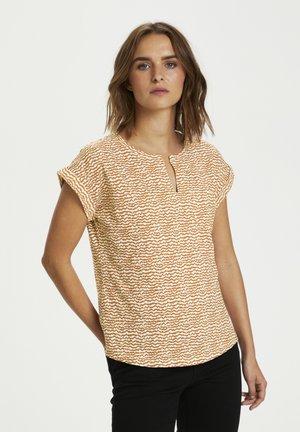 KEDITA - Print T-shirt - mini ikat  print, lion