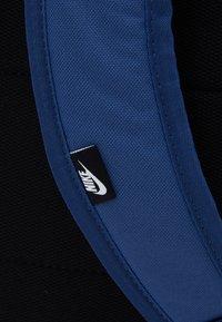 Nike Sportswear - ELEMENTAL UNISEX - Mochila - mystic navy/obsidian - 3