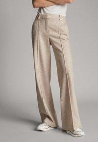 Massimo Dutti - MELIERTE  - Trousers - beige - 0