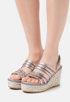 Sandály na vysokém podpatku - pewter