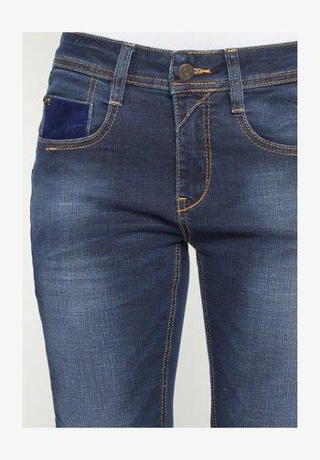 AMELIE  - Slim fit jeans - cross night emb