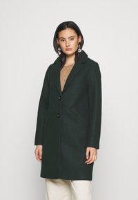 ONLY - ONLVERONICA COAT - Klasický kabát - scarab - 0
