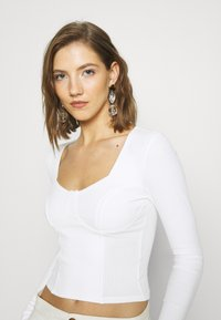 Monki - VINNIE  - Long sleeved top - solid offwhite - 3