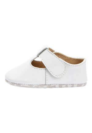 WHITE LEATHER T-BAR PRAM SHOES (0-24MTHS) - Instappers - white