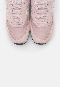 New Balance - WL393 - Trainers - pink - 5