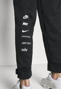 Nike Sportswear - W NSW SWSH - Trousers - black/white - 4