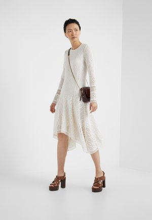 Day dress - crystal white