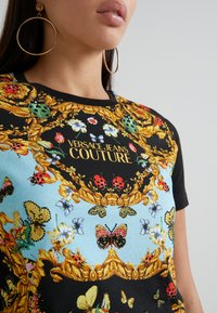 Versace Jeans Couture - Print T-shirt - menta - 6