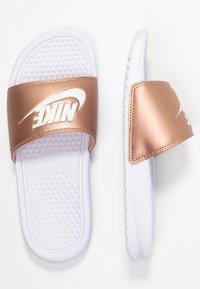 Nike Sportswear - BENASSI JUST DO IT - Pool slides - white/metallic red bronze - 5
