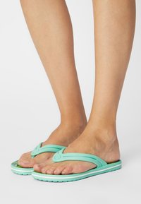 Crocs - TROPICAL - Pool shoes - white/multi - 0