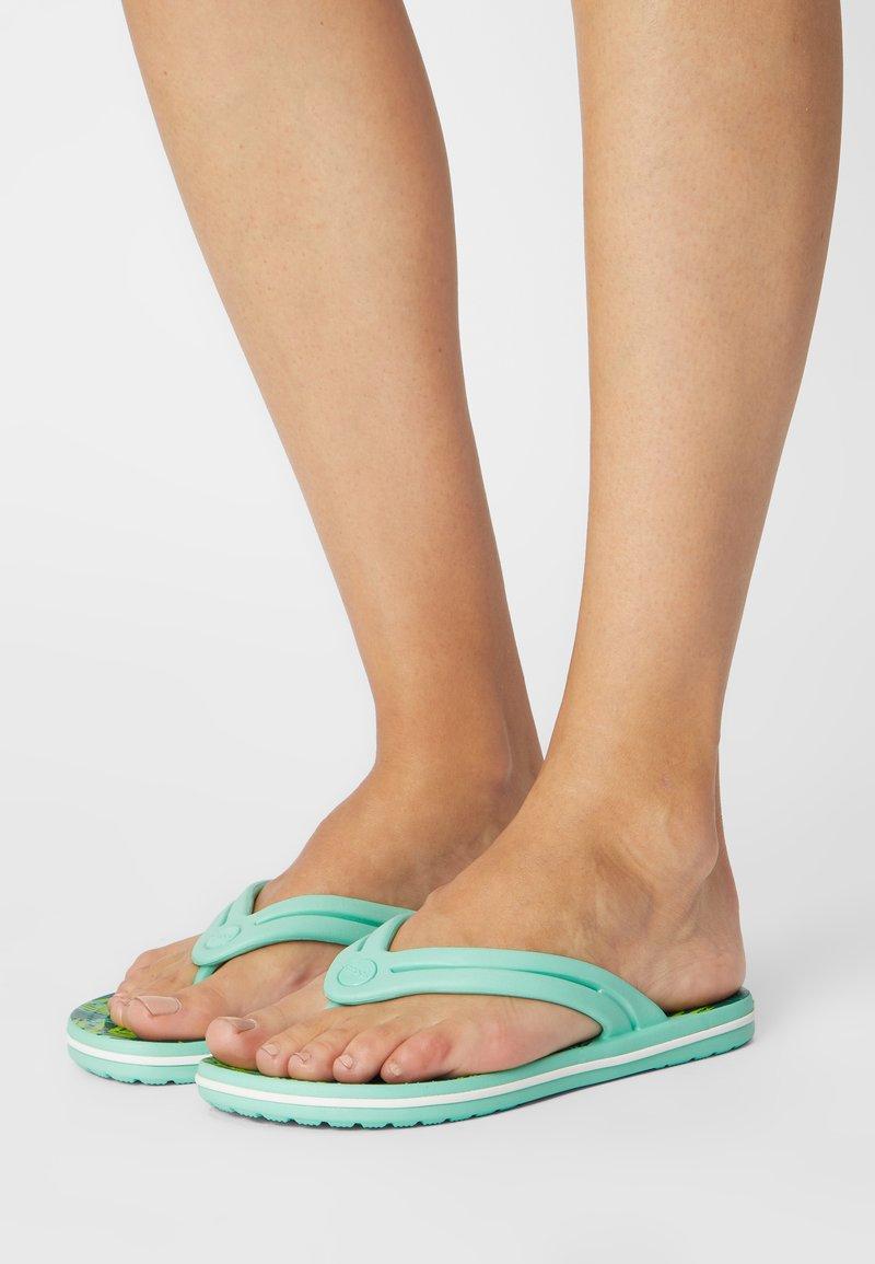 Crocs - TROPICAL - Pool shoes - white/multi