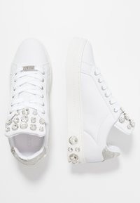 Guess - MAREY - Trainers - white - 3