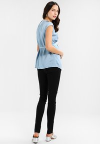 Slacks & Co. - PERUGIA - Trousers - black - 2