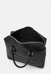 Guess - SCALA BRIEFCASE UNISEX - Briefcase - black - 2