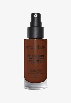 STUDIO SKIN 15 HOUR WEARHYDRATING FOUNDATION - Foundation - 4.5