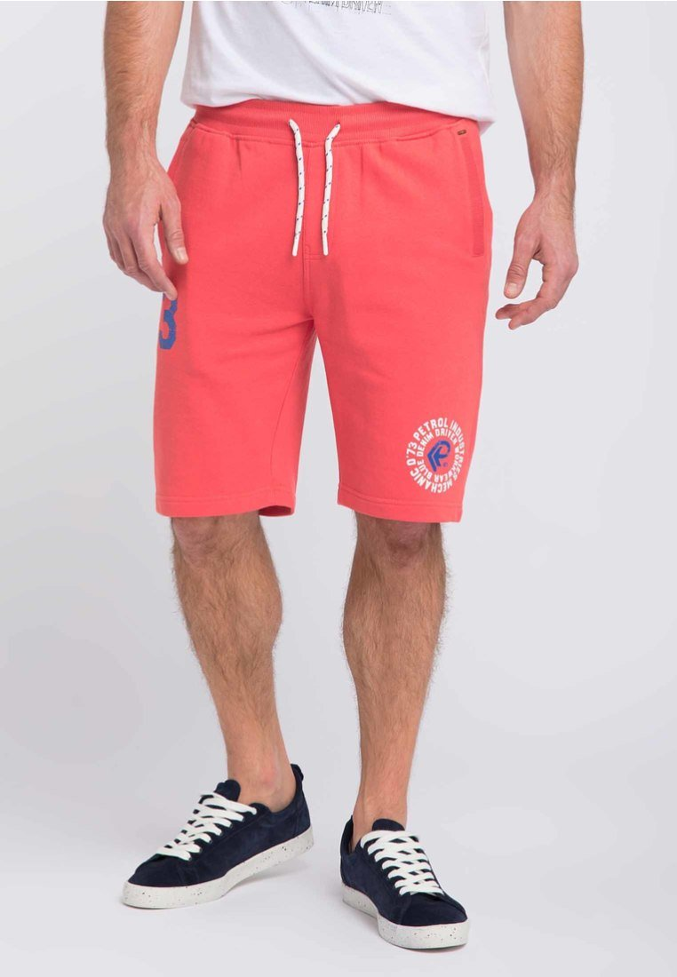 Petrol Industries - Shorts - red