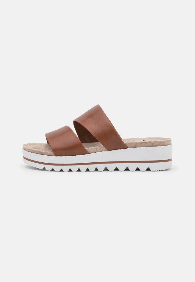 Slippers - choco