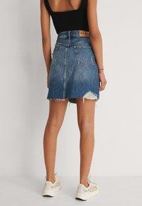 NA-KD - Mini skirt - mid blue - 2