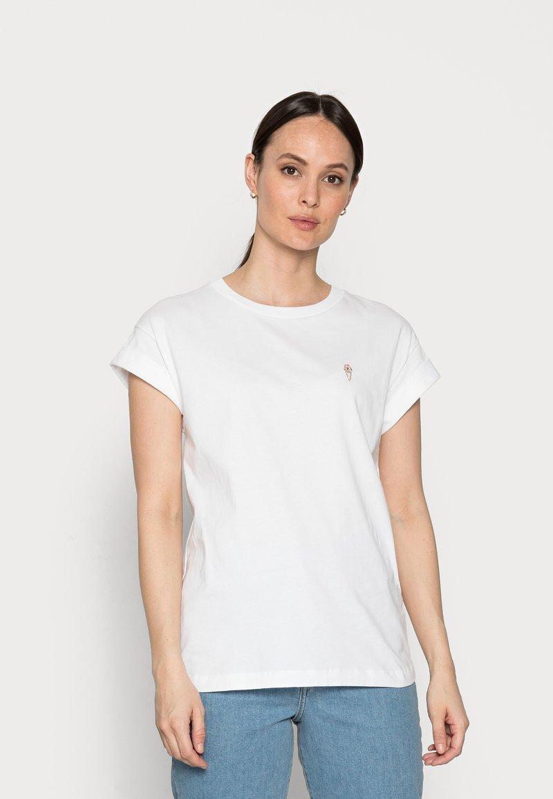 Rich & Royal - BOYFRIEND SPARKLE - Print T-shirt - white