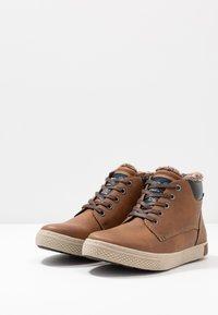 TOM TAILOR - Sneakersy wysokie - rust - 2