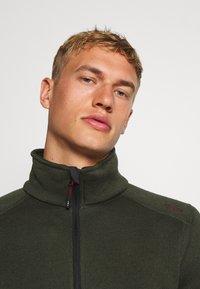 CMP - MAN JACKET - Fleecová bunda - oil green/burgundy - 3